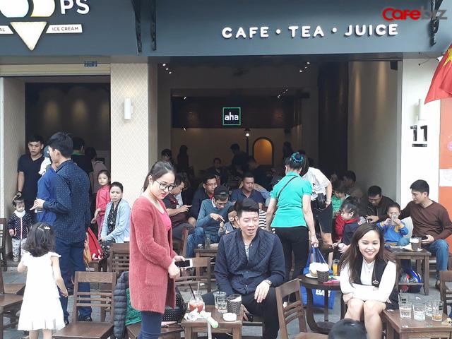 Điều ít biết về chuỗi Aha Cafe: Thương hiệu có từ năm 1997 nhưng 11 năm sau mới mở cửa hàng đầu tiên, công ty quản lý lỗ triền miên - Ảnh 2.