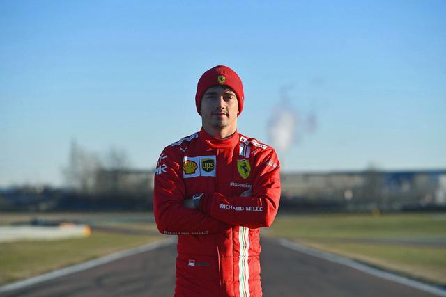 Cú bắt tay của những người siêu giàu: Siêu xe Ferrari hợp tác với siêu đồng hồ Richard Mille - Ảnh 1.