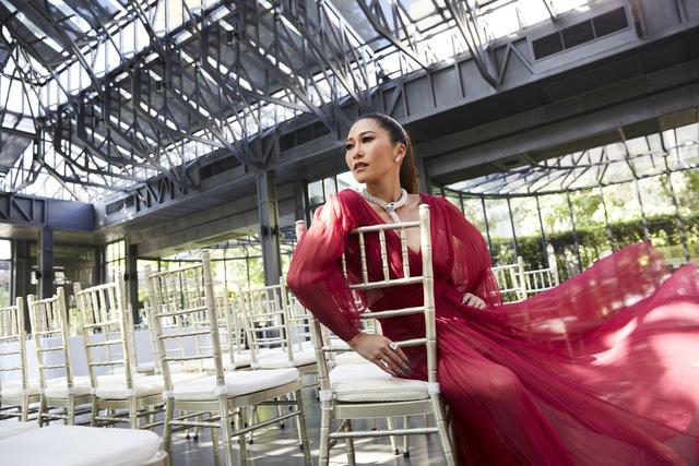 """Từng được mệnh danh là Paris Hilton của xứ sở chùa Vàng, 30 tuổi """"quay đầu là bờ"""" xây dựng đế chế của gia đình  - Ảnh 2."""