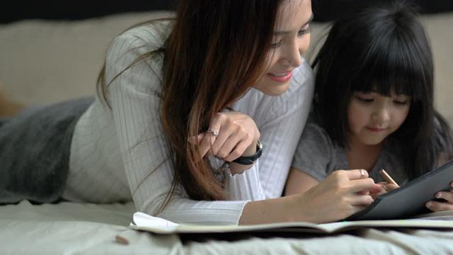 Chuyên gia chỉ ra 6 điều những đứa trẻ bản lĩnh thường làm và các cách để cha mẹ phát triển sức mạnh tinh thần cho con - Ảnh 4.
