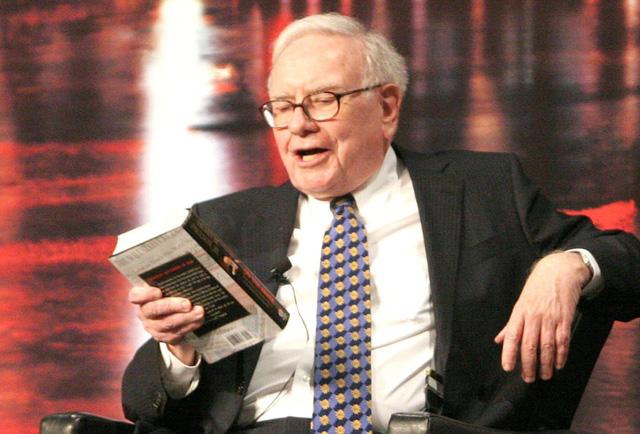 Lời khuyên vàng ngọc từ Warren Buffett: Tuổi trẻ sẵn sàng làm điều này, phần đời còn lại tuyệt đối không hối hận! - Ảnh 1.