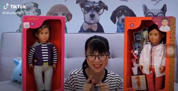 YouTuber Thơ Nguyễn tiếp tục lên tiếng xin lỗi, chia sẻ đã chơi búp bê 20 năm: Thành vì búp bê, bại vì chị - Ảnh 3.
