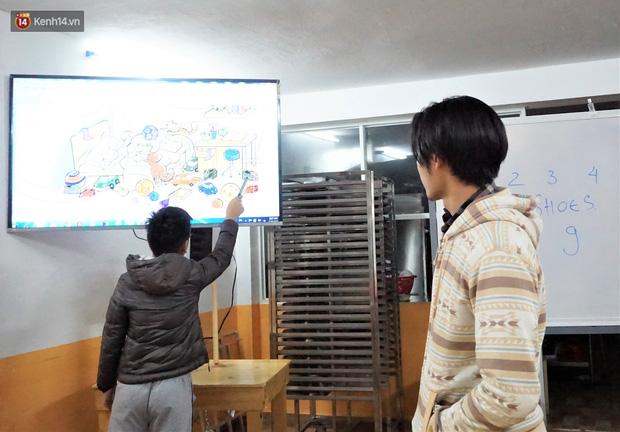5 bạn trẻ Đà Nẵng mở lớp tiếng Anh với học phí sốc: Chỉ 1.000 đồng/buổi, giờ giải lao còn được ăn bánh uống sữa miễn phí - Ảnh 7.