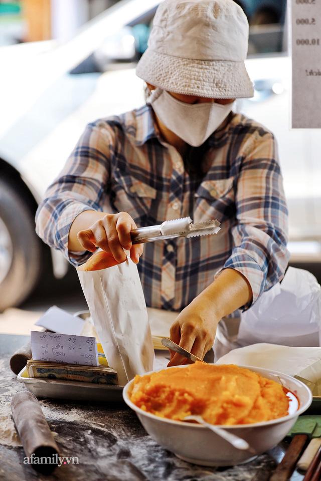 Hàng bánh tiêu CHẢNH nhất Việt Nam - mua được hay không là do nhân phẩm, dù chưa kịp mở cửa đã chính thức hết bánh khiến cả Vũng Tàu tới Sài Gòn phải xôn xao!  - Ảnh 12.