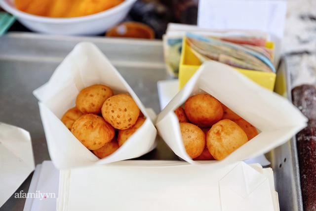 Hàng bánh tiêu CHẢNH nhất Việt Nam - mua được hay không là do nhân phẩm, dù chưa kịp mở cửa đã chính thức hết bánh khiến cả Vũng Tàu tới Sài Gòn phải xôn xao!  - Ảnh 15.