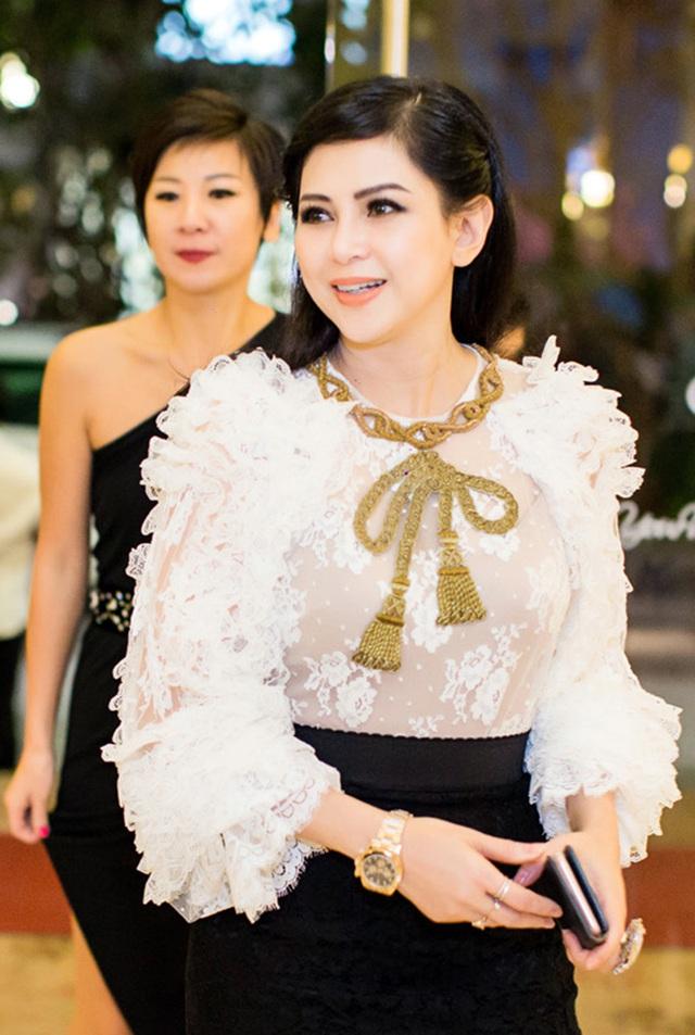 Đọ sắc những bà mẹ đại gia của hội rich kid: Bà trùm hàng hiệu Thủy Tiên sở hữu thần thái đỉnh cao, mẹ Phan Thành bí ẩn nhất Sài thành - Ảnh 23.