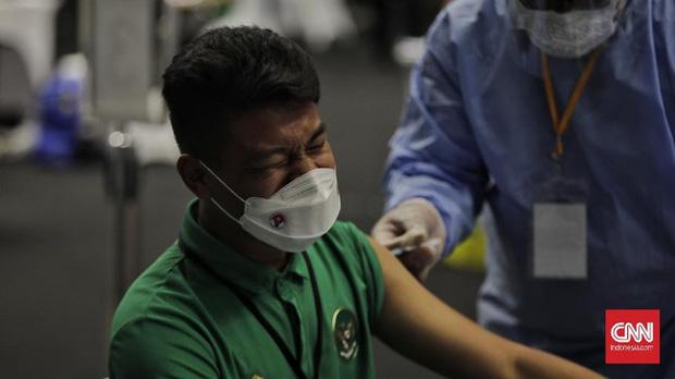 Quang Hải, Bùi Tiến Dũng được đề nghị ưu tiên sử dụng vaccine Covid-19 - Ảnh 2.