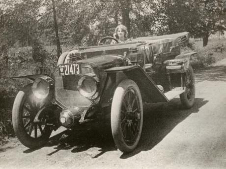 Những ngườiphụ nữ góp phần thay đổi ngành công nghiệp xe hơi - Ảnh 2.