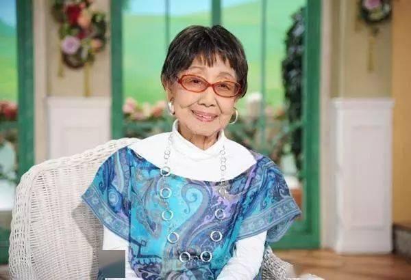 71 tuổi đi làm, 102 tuổi đoạt giải thưởng, 106 tuổi vẫn rất nho nhã và thiếu nữ: ai nói tôi già, tôi vẫn còn trẻ chán! - Ảnh 8.
