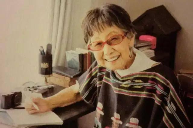 71 tuổi đi làm, 102 tuổi đoạt giải thưởng, 106 tuổi vẫn rất nho nhã và thiếu nữ: ai nói tôi già, tôi vẫn còn trẻ chán! - Ảnh 9.