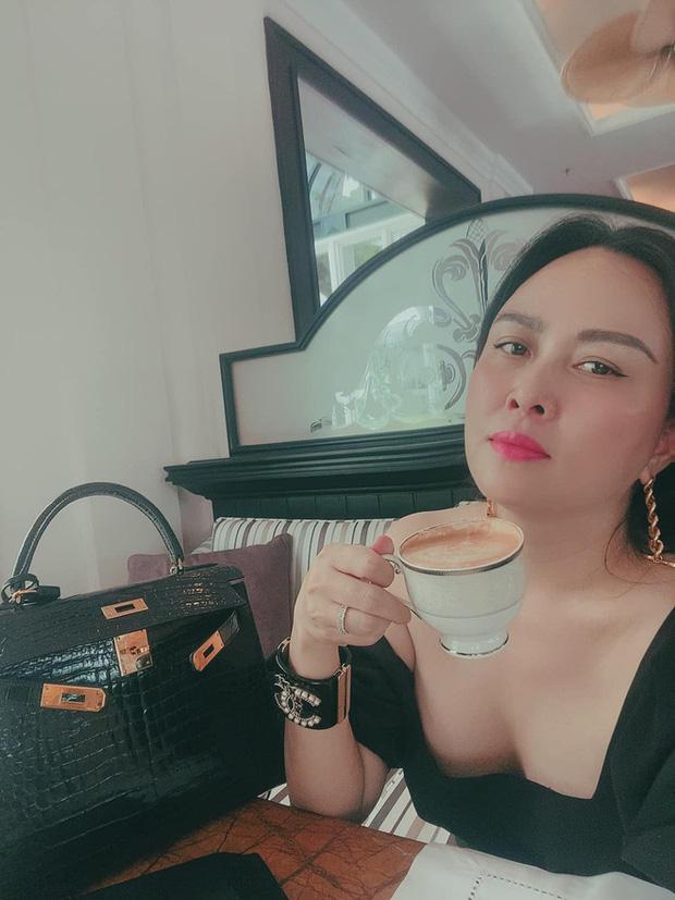 Khối tài sản của Phượng Chanel - Quách Ngọc Ngoan: Nàng có biệt thự tiền tỷ, chàng có trang trại 10.000m2 - Ảnh 19.