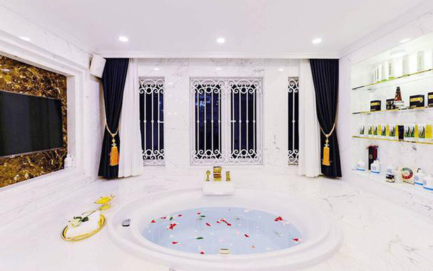 Danh tính và sự giàu có khủng khiếp của người chi 7,5 tỷ mời Quách Thái Công làm nội thất - Ảnh 10.
