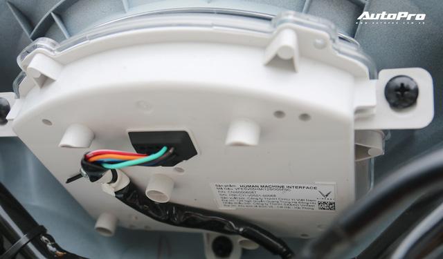 Lột trần VinFast Feliz trong 10 phút, kỹ sư điện đánh giá: Kết cấu đơn giản, dễ sửa, dễ độ nhưng vẫn còn điểm yếu - Ảnh 24.