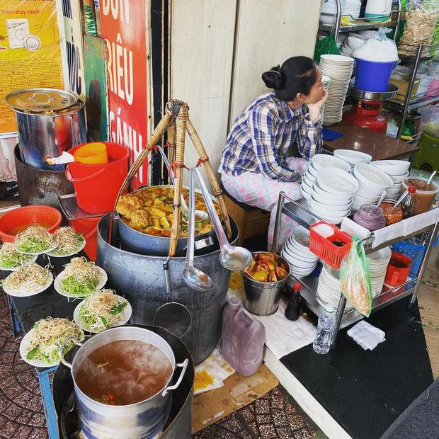 Sài Gòn có 10 quán nhìn thì bình dân nhưng giá đắt xắt ra miếng, thực khách đến ăn lần đầu đảm bảo ai cũng sốc nhẹ - Ảnh 27.