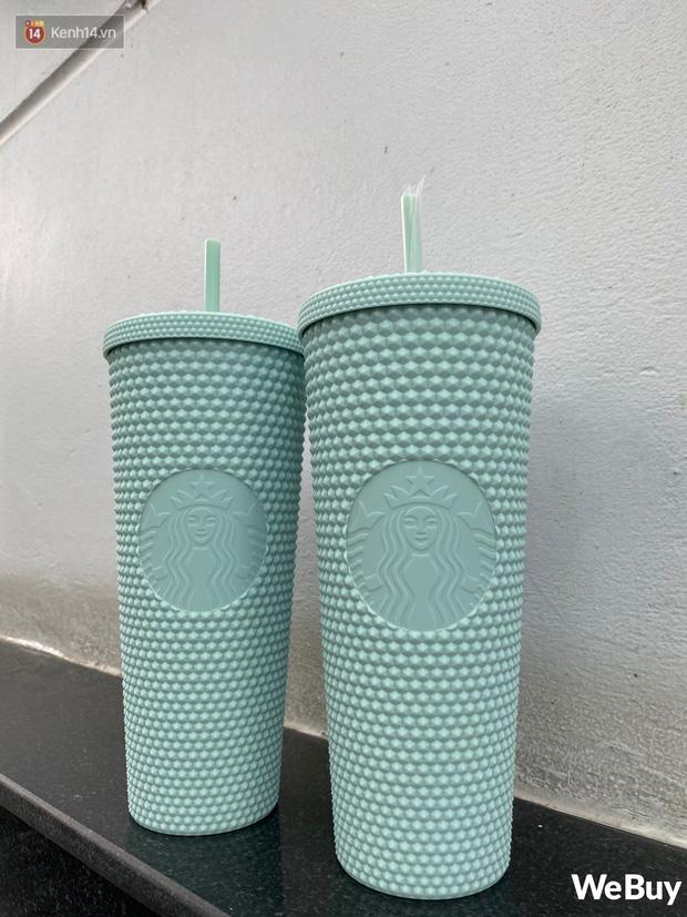Trên tay cốc Starbucks sầu riêng hot nhất hôm nay: Đẹp cỡ nào mà dân tình xếp hàng từ 4h sáng, bán lại giá gấp 5 lần? - Ảnh 4.
