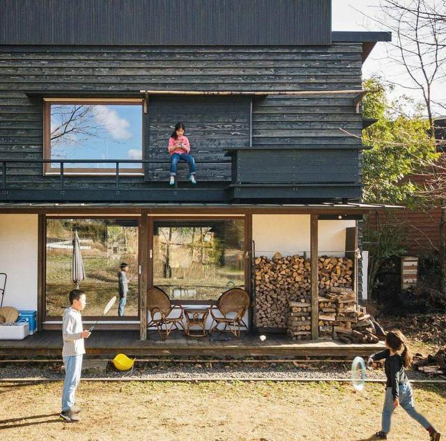 Bỏ phố về vùng nông thôn, gia đình 5 người biến cuộc sống trong ngôi nhà gỗ thành thiên đường ai cũng ước mơ - Ảnh 27.