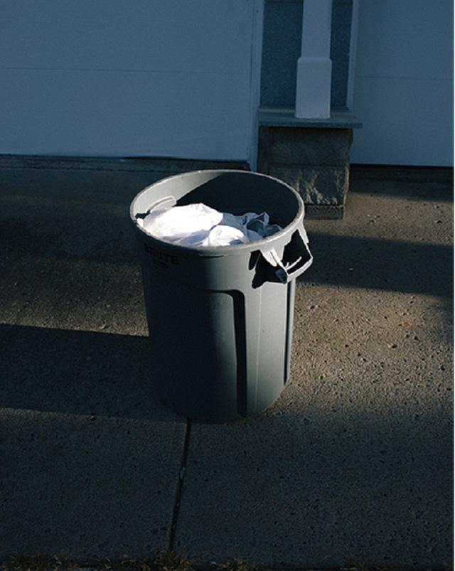 Những thứ trong thùng rác của người giàu khác gì so với của người nghèo: Học làm giàu từ đây chứ đâu! - Ảnh 1.