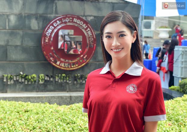 Câu: Sinh viên Ngoại thương không được quyền đòi lương 2.000 USD bị chê bai, cả Lương Thùy Linh lẫn Hà Việt Hoàng lên tiếng đáp trả cực gắt - Ảnh 2.