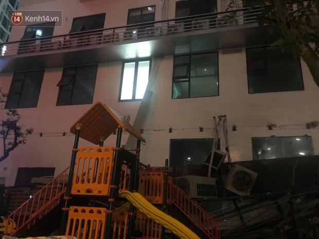 Cả dàn điều hoà ở chung cư Hà Nội bất ngờ đổ sập, rơi xuống sân chơi cho trẻ em - Ảnh 4.