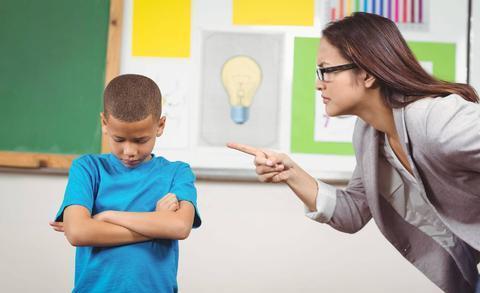 Giáo sư nghiên cứu tâm lý tội phạm vị thành niên khuyên phụ huynh nên nghiêm khắc thực hiện 6 KHÔNG với trẻ trước khi lên 6 tuổi - Ảnh 2.