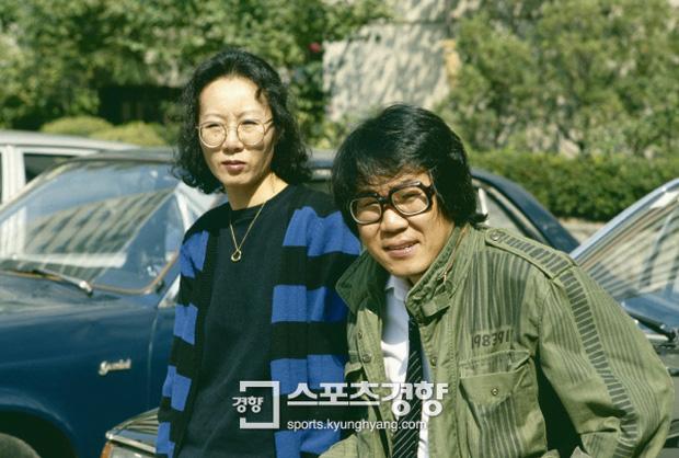 Sao Hàn 74 tuổi làm nên lịch sử ở Oscar: Đóng phim để có tiền nuôi 2 con trai và kỳ tích như cú tát thầm lặng dành cho gã chồng ngoại tình - Ảnh 9.
