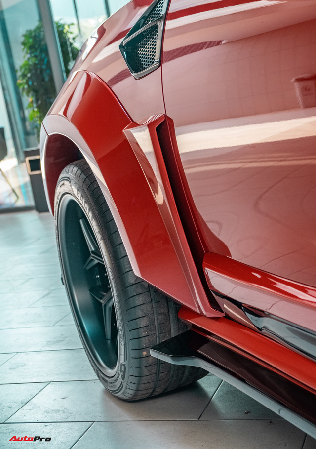 Chủ xe Bình Phước chi hàng trăm triệu độ VinFast Lux SA2.0: Ngoại hình như siêu SUV, công suất tăng 32 mã lực, riêng bộ mâm 100 triệu đồng - Ảnh 12.