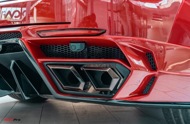 Chủ xe Bình Phước chi hàng trăm triệu độ VinFast Lux SA2.0: Ngoại hình như siêu SUV, công suất tăng 32 mã lực, riêng bộ mâm 100 triệu đồng - Ảnh 17.