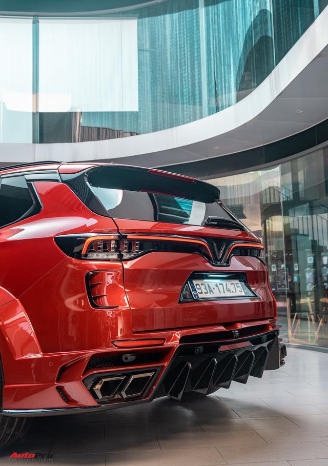Chủ xe Bình Phước chi hàng trăm triệu độ VinFast Lux SA2.0: Ngoại hình như siêu SUV, công suất tăng 32 mã lực, riêng bộ mâm 100 triệu đồng - Ảnh 19.