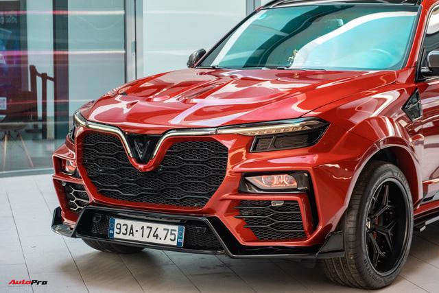 Chủ xe Bình Phước chi hàng trăm triệu độ VinFast Lux SA2.0: Ngoại hình như siêu SUV, công suất tăng 32 mã lực, riêng bộ mâm 100 triệu đồng - Ảnh 5.