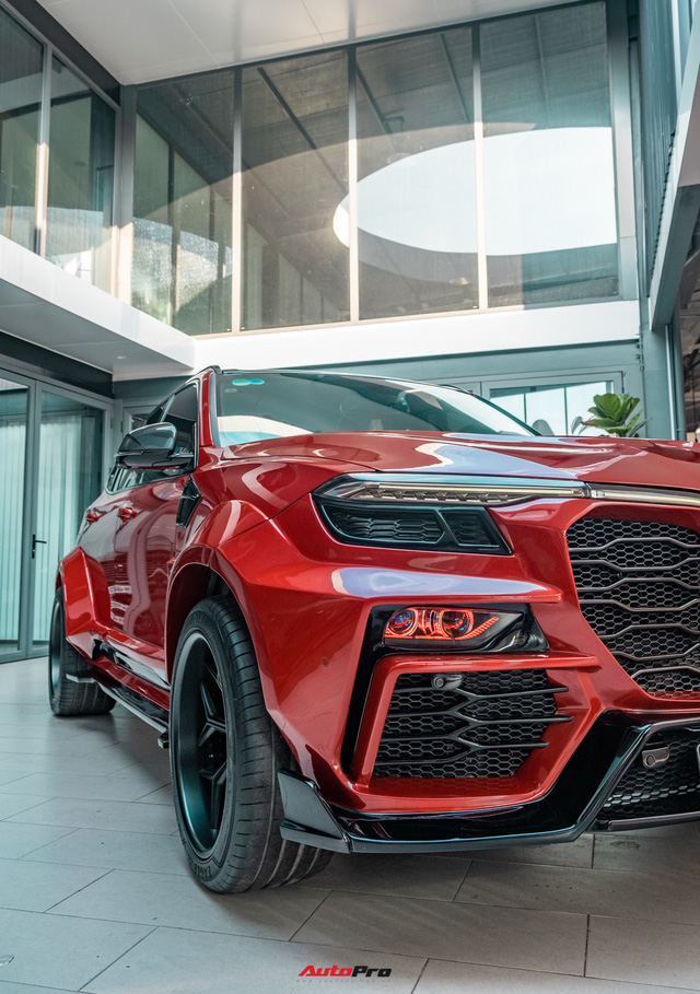 Chủ xe Bình Phước chi hàng trăm triệu độ VinFast Lux SA2.0: Ngoại hình như siêu SUV, công suất tăng 32 mã lực, riêng bộ mâm 100 triệu đồng - Ảnh 6.