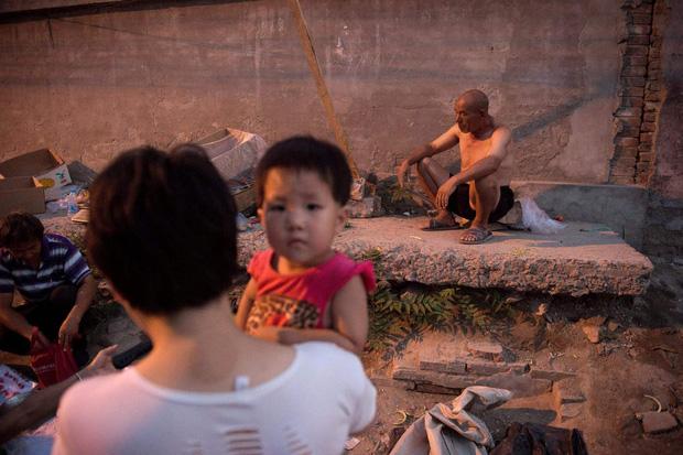Thế hệ 6K của Trung Quốc: Không nghề, không tiền, không nhà, không vị thế, không kết hôn, không sinh con và nguyên nhân chỉ gói gọn trong một chữ - Ảnh 6.