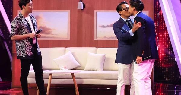 """Yves Huy Phan – CEO 30 tuổi làm chủ đế chế nội thất xa xỉ tiết lộ quá trình """"làm giàu"""" và bí mật mối tình đồng giới với nhà thiết kế nổi tiếng nhất Việt Nam - Ảnh 2."""