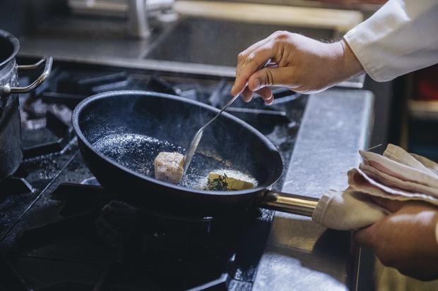 Bếp trưởng nhà hàng Hà Nội lọt top 100 châu Á: Bỏ sự nghiệp nước ngoài, về nước với công thức thành công chỉ sau 2 năm - Ảnh 19.