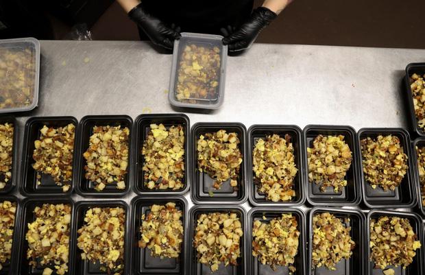 Nhà hàng ma đang mọc như nấm tại Trung Quốc: Mặt trái của ngành công nghiệp giao hàng phát triển quá mạnh - Ảnh 4.