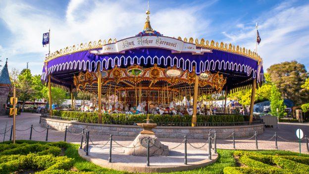 14 bí mật siêu thú vị về những điểm tham quan nổi tiếng nhất của Disneyland - Ảnh 7.