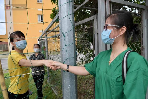 200 bác sĩ Quảng Ninh tình nguyện lên đường chi viện tâm dịch tại Bắc Giang - Ảnh 3.