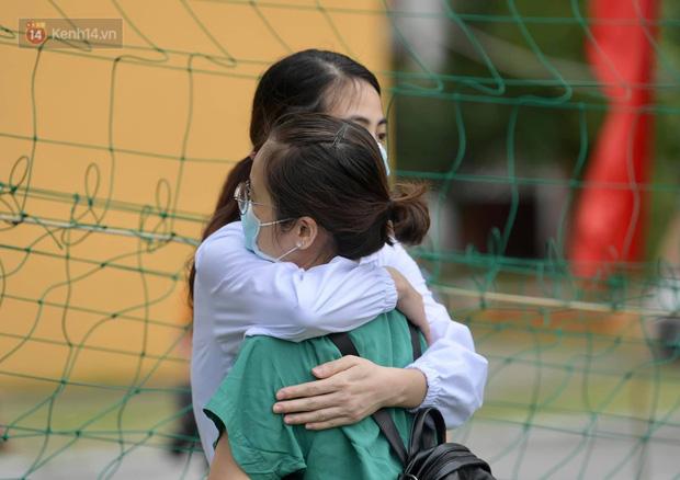 200 bác sĩ Quảng Ninh tình nguyện lên đường chi viện tâm dịch tại Bắc Giang - Ảnh 8.