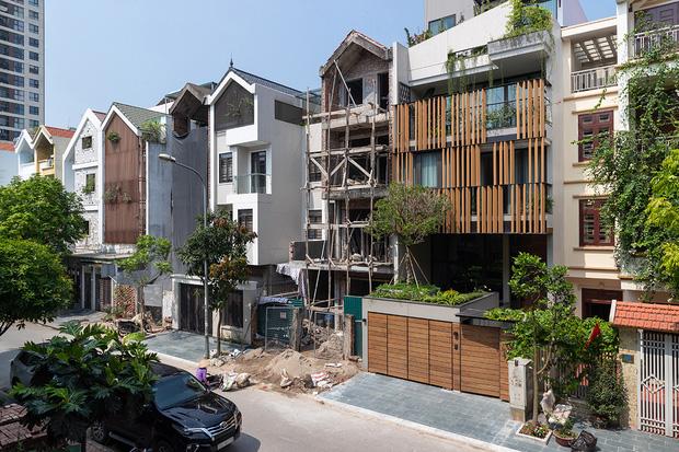 Vợ chồng xây nhà 6 tỷ với mặt tiền chất nhất dãy phố, KTS khuyên: Đừng biến không gian sống thành siêu thị đồ nội thất  - Ảnh 1.