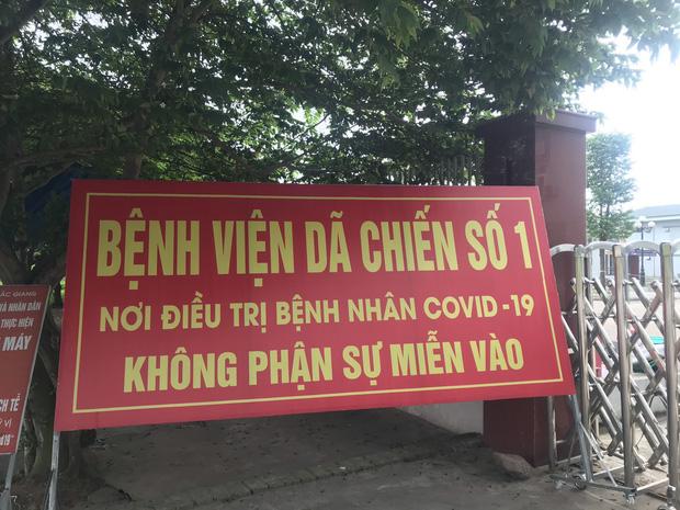 Bộ trưởng Bộ Y tế kiểm tra điểm nóng COVID-19 tại khu công nghiệp Quang Châu - Bắc Giang - Ảnh 3.