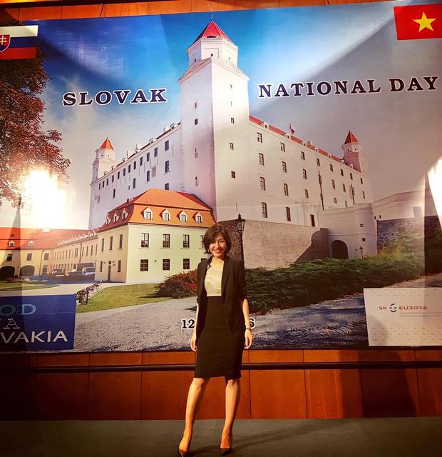 Cô gái học thứ ngôn ngữ cực hiếm, trúng tuyển vào Đại sứ quán mà không cần show bằng cấp - Ảnh 3.