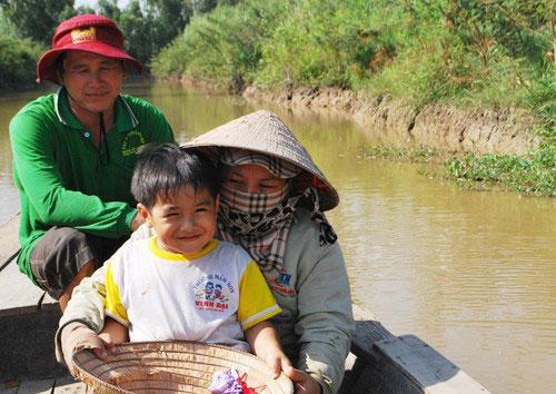Em bé nổi tiếng trong 'Cánh đồng hoang' trở thành tỷ phú nông dân  - Ảnh 4.