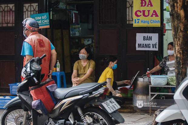 Quán xá Hà Nội thay đổi 180 độ sau công điện hoả tốc: Hàng loạt nơi rục rịch đóng cửa tạm thời, treo biển chỉ bán mang về - Ảnh 20.