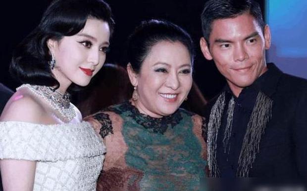 Trần Lam: Đại gia Phương Hằng của Cbiz vạch trần Châu Tinh Trì - Trương Bá Chi, khiến dàn sao nể sợ vì thế lực hùng mạnh - Ảnh 12.