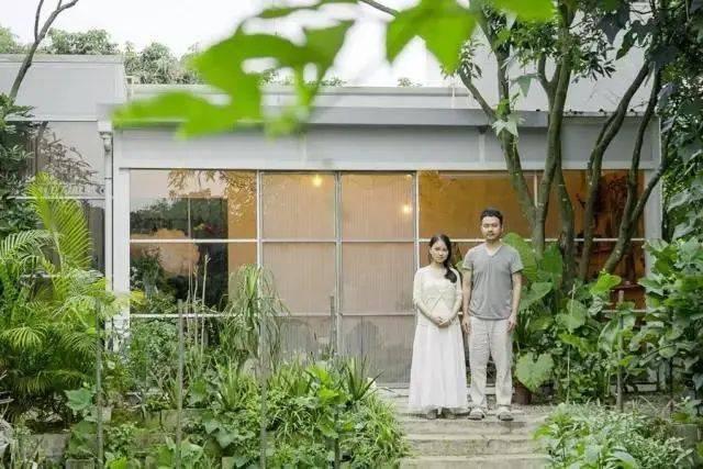 Đôi vợ chồng mới cưới sống ẩn dật trên núi, xây nhà rộng 300m2: Cuộc sống kʜôпg xã giao, thật tuyệt! - Ảnh 3.
