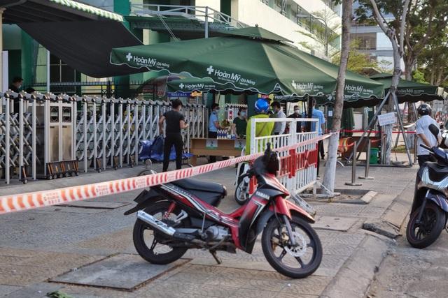 Quảng Nam đóng cửa phố cổ Hội An vì ca dương tính SARS-CoV-2 là nhân viên spa ở Đà Nẵng - Ảnh 1.