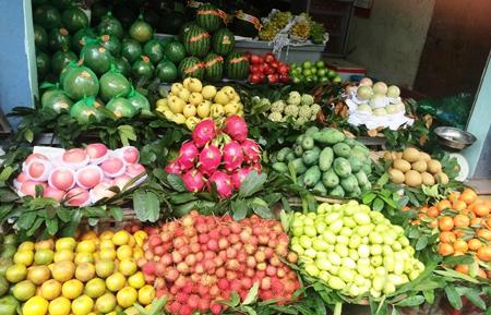 Có thể bạn chưa biết: cô bán hoa quả ở gần nhà bạn cũng đang áp dụng cả tá chiến lược tiếp thị - Ảnh 2.