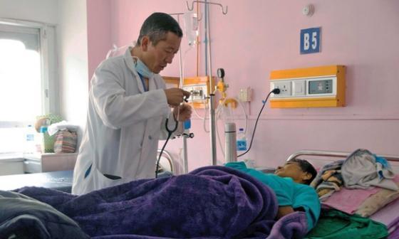 Khi Thủ tướng là bác sĩ: Láng giềng Ấn Độ có thành tích chống dịch đáng nể, siêu thần tốc tiêm vắc xin cho 85% dân số chỉ trong 9 ngày - Ảnh 6.