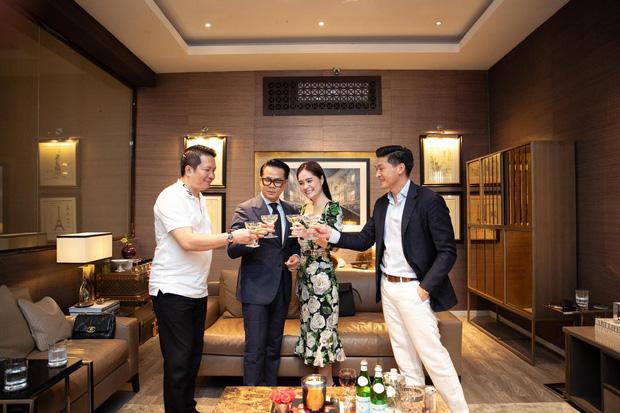 Vợ chồng nữ đại gia thuê Thái Công thiết kế biệt thự 200 tỷ: Người có tiền không ngu mà để bị dắt mũi - Ảnh 1.