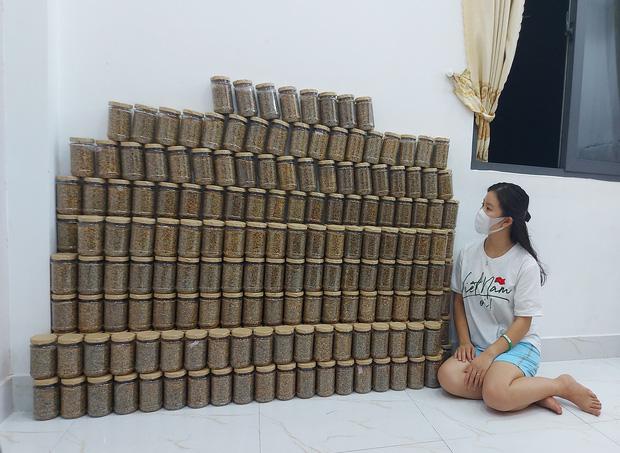 1.000 hũ muối vừng từ TP.HCM tiếp sức cho tâm dịch Bắc Giang, hành động nhỏ nhưng ý nghĩa lớn - Ảnh 2.