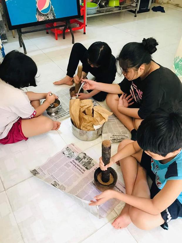 1.000 hũ muối vừng từ TP.HCM tiếp sức cho tâm dịch Bắc Giang, hành động nhỏ nhưng ý nghĩa lớn - Ảnh 7.